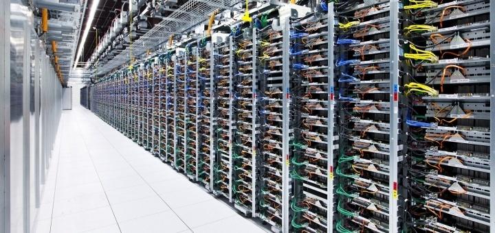 'Rack' met servers (foto: Google)