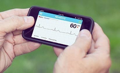 Met AliveCor wordt een smartphone een hartritme-monitor