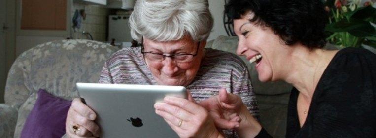 Beeldzorg via de iPad - reclame van Sensire