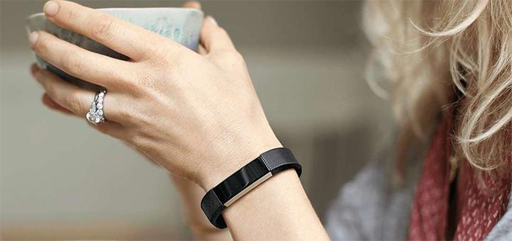 Fitbit's nieuwe modellen Blaze en Alta (hier op foto) komen binnenkort op de markt.