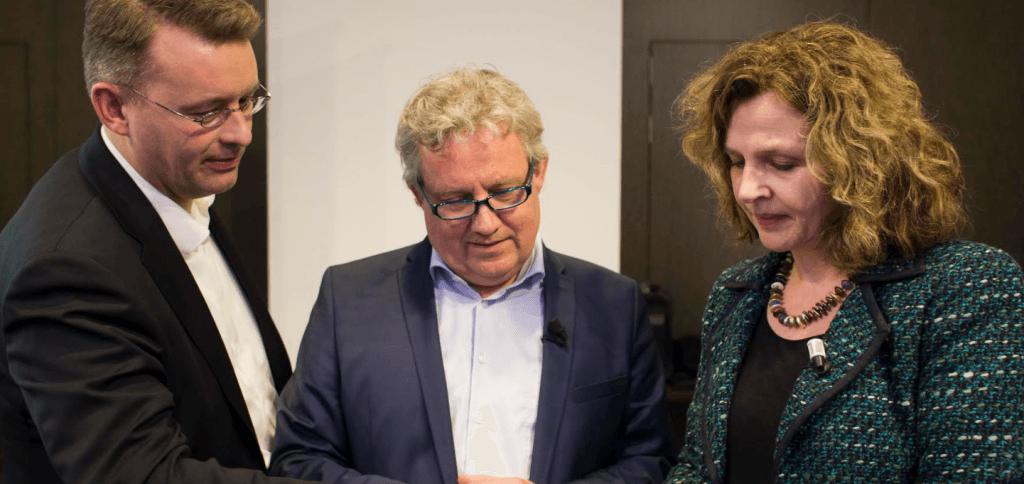 Gert-Jo Doornik, Herko Wegter en Edith Schippers (v.l.n.r.)