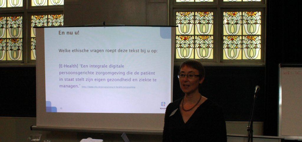 Angeline van Doveren, ziekenhuisethicus bij Rijnstate en adviseur ethiek bij het Spaarne Gasthuis
